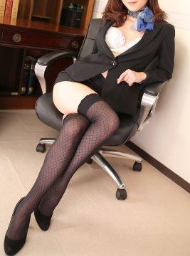 カレン秘書2