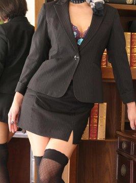 サツキ秘書1