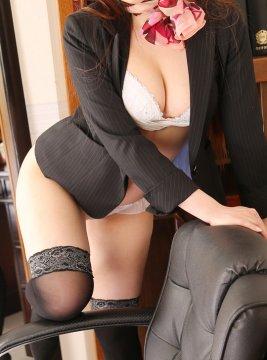 サナ秘書1