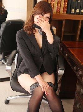 アユミ秘書